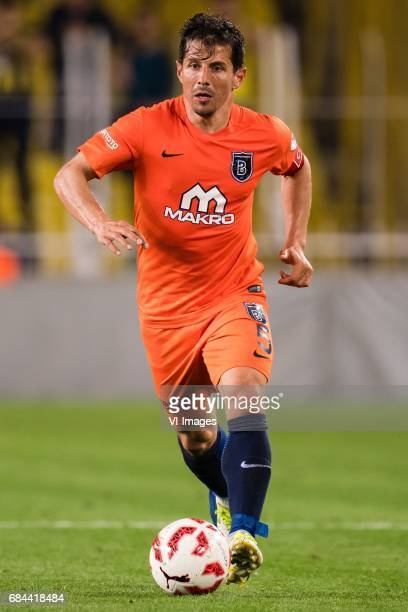 Emre Belozoglu of Istanbul Medipol Basaksehir FKduring the Turkish Spor Toto Super Lig football match between Fenerbahce and Medipol Basaksehir FK on...