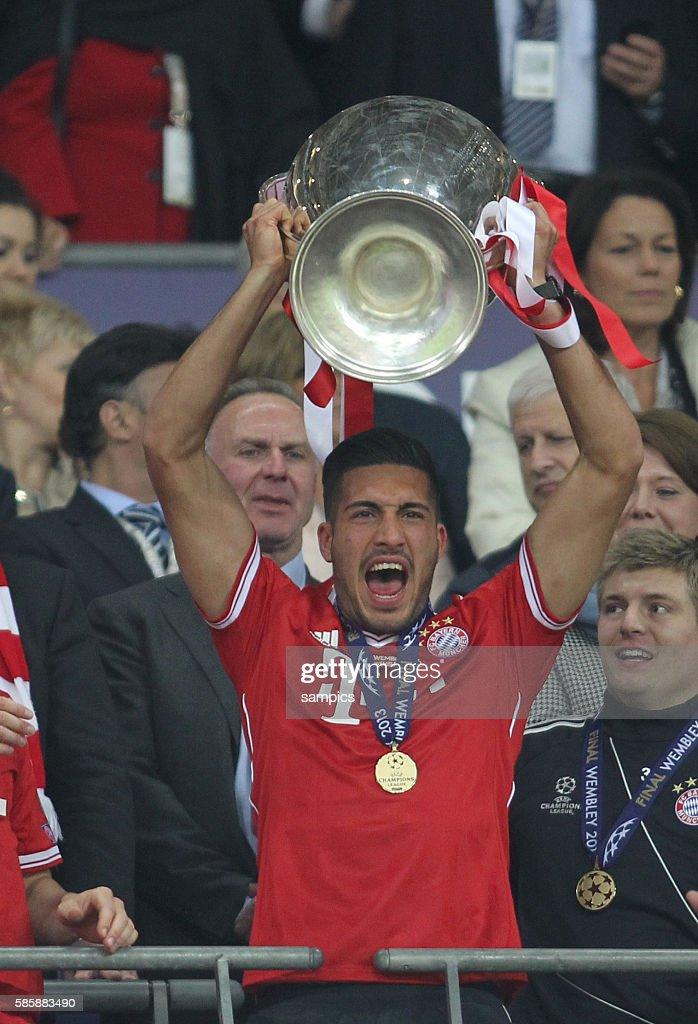 Soccer - UEFA Champions League Final 2013 - Borussia Dortmund vs. Bayern Munich : News Photo