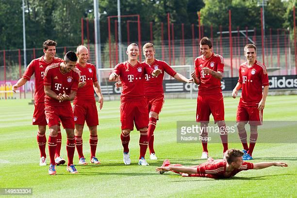 Emre Can, Mario Gomez, Arjen Robben, Bastian Schweinsteiger, Toni Kroos, Mario Mandzukic, Mitchell Weiser, Philipp Lahm pose for a picture during the...