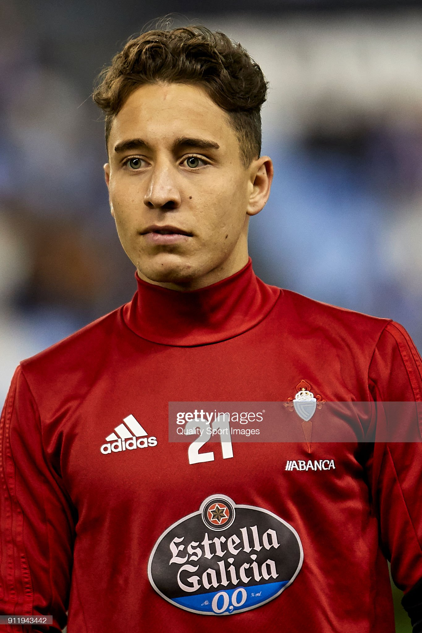 Turcos      - Página 6 Emre-mor-of-celta-de-vigo-looks-on-prior-to-the-la-liga-match-between-picture-id911943442?s=2048x2048