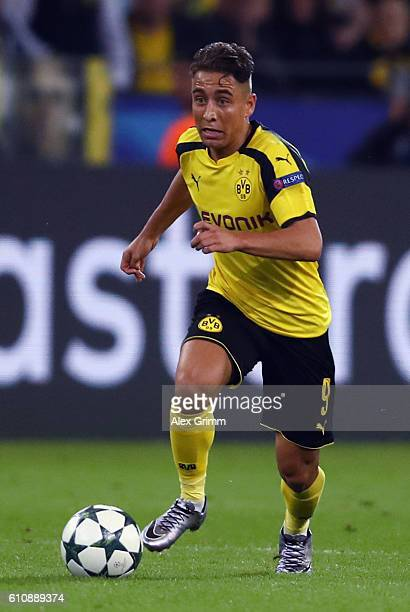 Emre Mor of Dortmund controles the ball during the UEFA Champions League Group F match between Borussia Dortmund and Real Madrid CF at Signal Iduna...