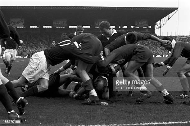 Sport Rugby Tournament Of Five Nations France Scotland 1959 En France à Paris au stade de Colombes le 10 janvier 1959 à l'occasion de la compétition...