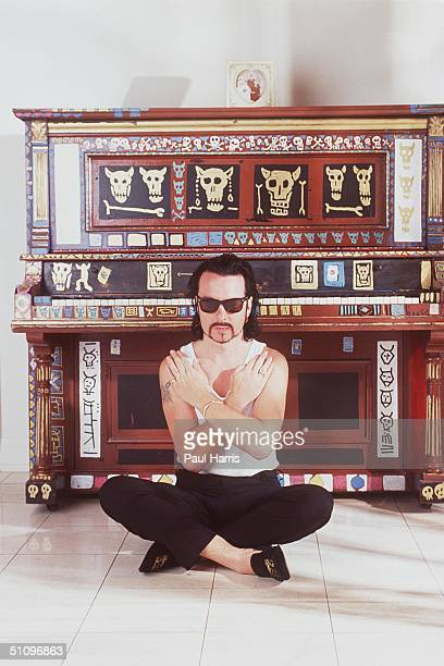 Encino Ca Dave Stewart Of Eurythmics At His Encino Home