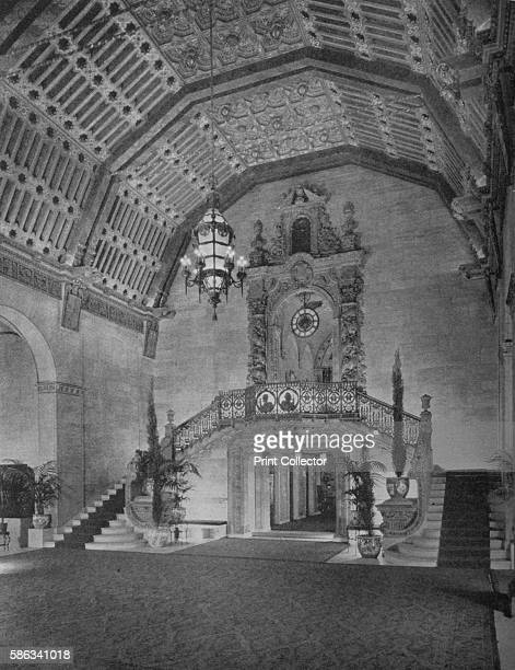 End of lobby Los Angeles Biltmore Hotel Los Angeles California 1923 Designed by Schultze and Weaver the hotel opened in 1923 At the time of its...