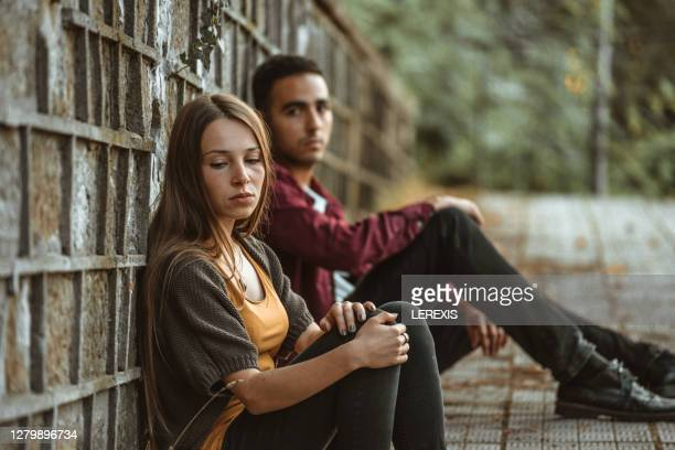 end of love - relationship difficulties stock pictures, royalty-free photos & images
