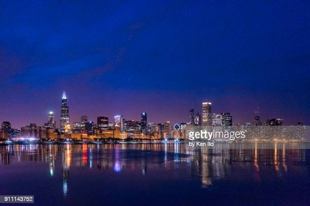 end of the blue hour - chicago skyline stock photos and pictures