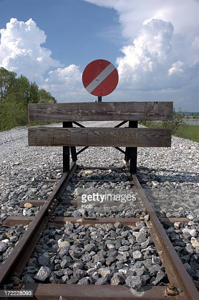 end of the line - finishing stock pictures, royalty-free photos & images