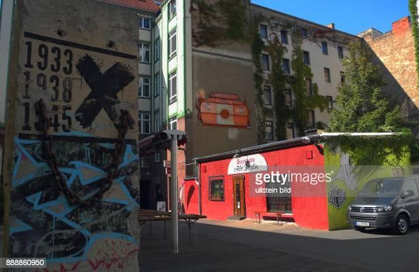 Ende April 2014 war nach 121 Jahren fuer die Bierstube Alt Berlin in der Muenzstrasse 28 endgueltig Schluss Die 70m2 kleine Kneipe musste schliessen...
