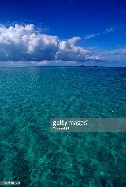 infinitas azul - paisajes de bahamas fotografías e imágenes de stock