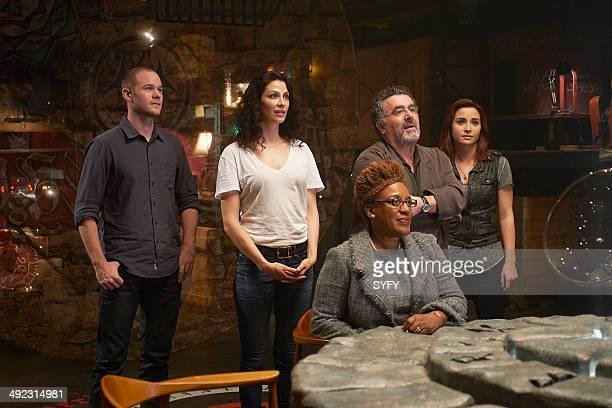 "Endless"" Episode 506 -- Pictured Aaron Ashmore as Steve Jinks, Joanne Kelly as Myka Bering, CCH Pounder as Mrs. Irene Frederic, Saul Rubinek as Artie..."