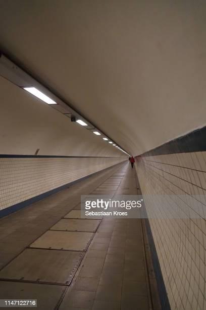 endless saint anna tunnel, antwerpen, belgium - 1931年 ストックフォトと画像
