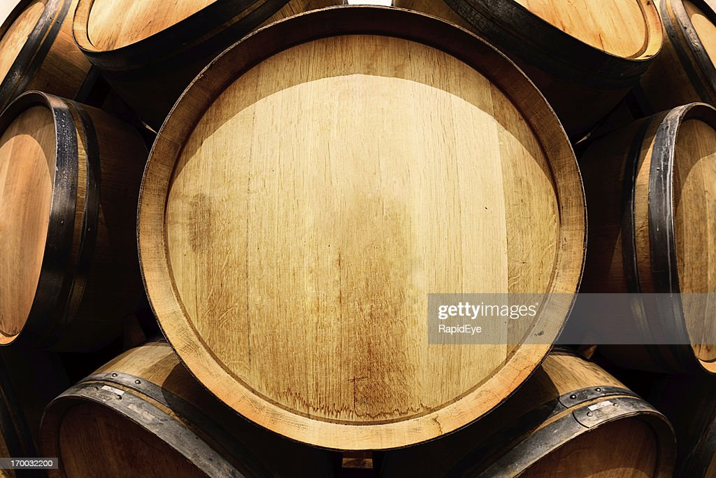 End-on view of oak wine barrel with copy space : Stock Photo