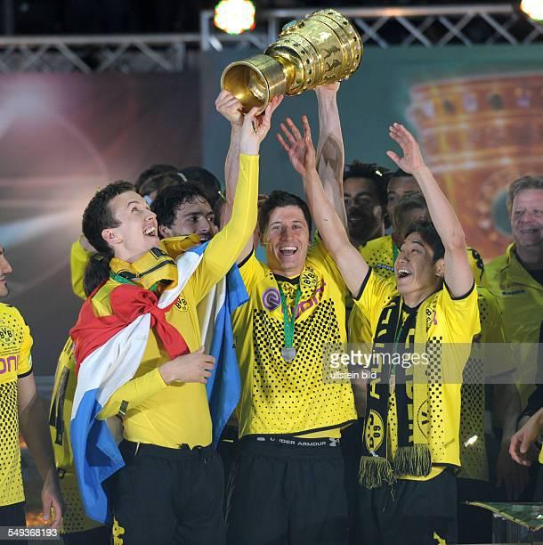 Endspiel Saison 2011/2012 Fussball Saison 20112012 DFBPokal Finale in Berlin 2012 Borussia Dortmund FC Bayern München 52 Ivan Perisic Robert...