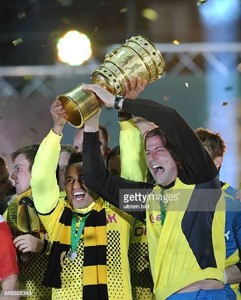 Endspiel Saison 2011/2012 Fussball Saison 20112012 DFBPokal Finale in Berlin 2012 Borussia Dortmund FC Bayern München 52 Torhüter Roman Weidenfeller...