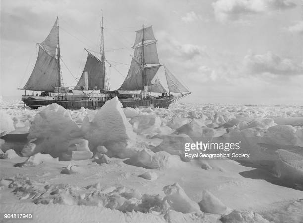 Endurance' in full sail in the ice Antarctica 1914 Imperial TransAntarctic Expedition 19141916