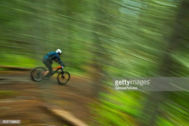 Enduro Mountainbike-Racer