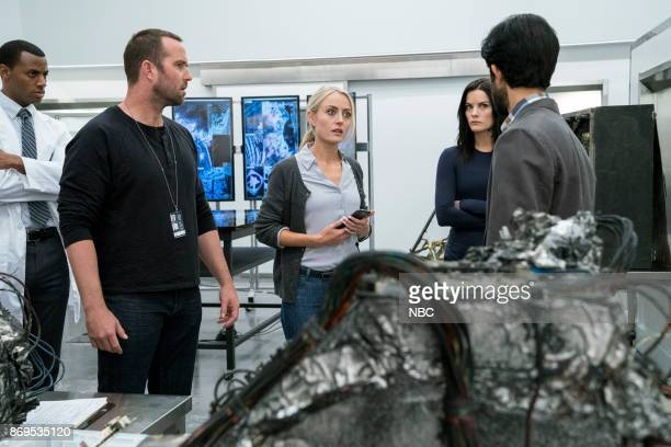 BLINDSPOT 'Enemy Bag of Tricks' Episode 302 Pictured Sullivan Stapleton as Kurt Weller Amy Rutberg as Marci Jaimie Alexander as Jane Doe