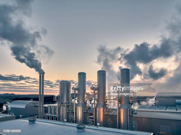 energy - geothermal power plant - edifício industrial - fotografias e filmes do acervo