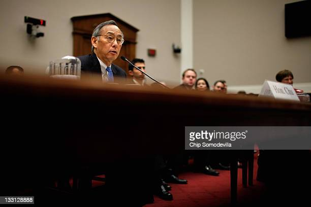 Energy Secretary Steven Chu testifies before the House Energy and Commerce Committee's Oversight and Investigations Subcommittee about the government...