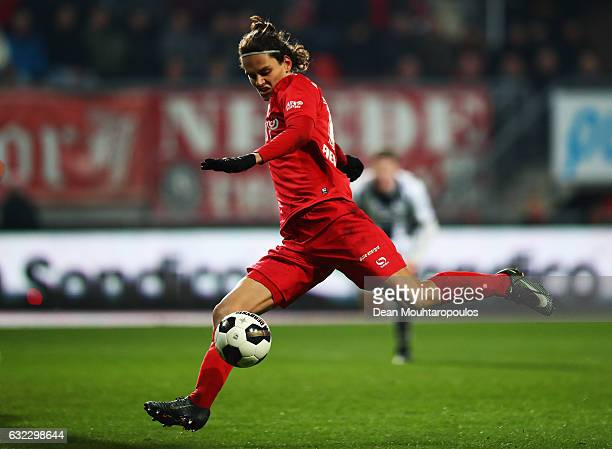 Enes Unal of FC Twente in action during the Dutch Eredivisie match between FC Twente and Heracles Almelo held at De Grolsch Veste on January 20 2017...