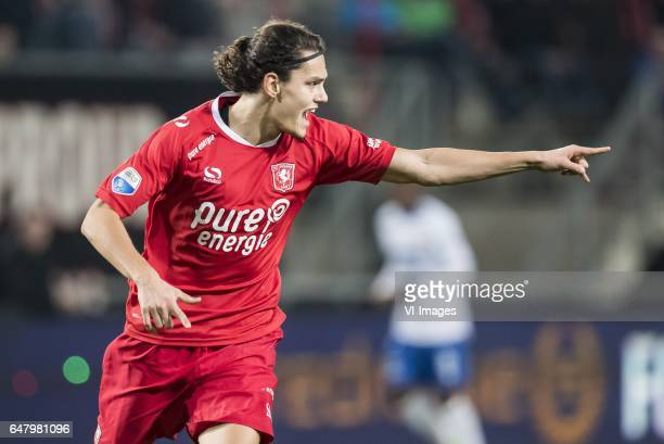 Enes Unal of FC Twenteduring the Dutch Eredivisie match between FC Twente and Willem II Tilburg at the Grolsch Veste on March 04 2017 in Enschede The...
