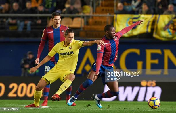 Enes Unal of Villarreal CF and Cheick Doukoure of Levante Union Deportiva during the La Liga match between Villarreal CF and Levante Union Deportiva...