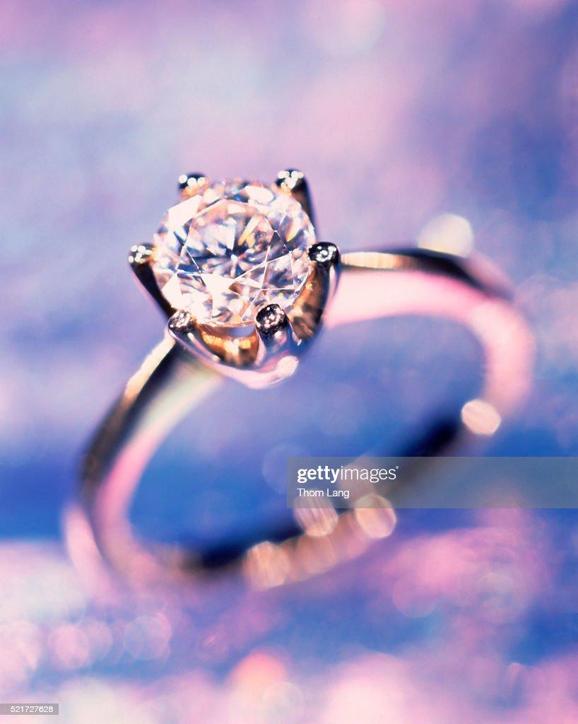 Engagement ring : ストックフォト