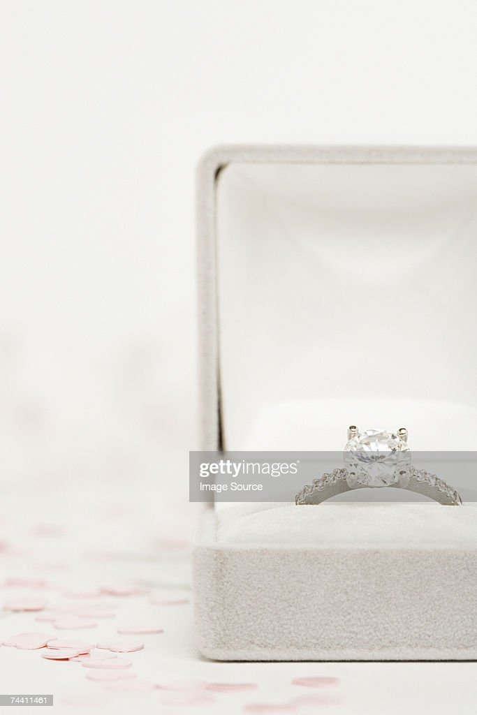 Engagement ring : Stock Photo