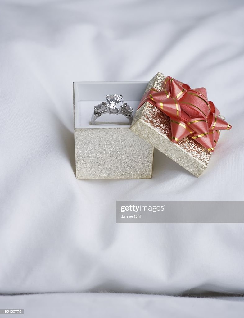Engagement ring : Stock Photo