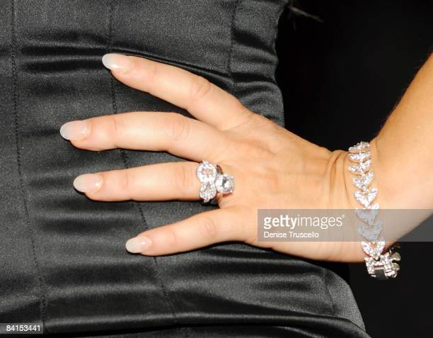 Engagement ring worn by Fergie, attending LAVO at The Palazzo in The Venetian Hotel and Casino on December 31, 2008 in Las Vegas, Nevada.