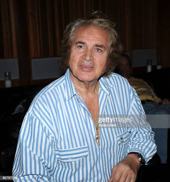 COVERAGE*** Engelbert Humperdinck at a private recording session with Producer/Arranger Charlie Calello at the Hit Factory on April 2 2009 in Miami...