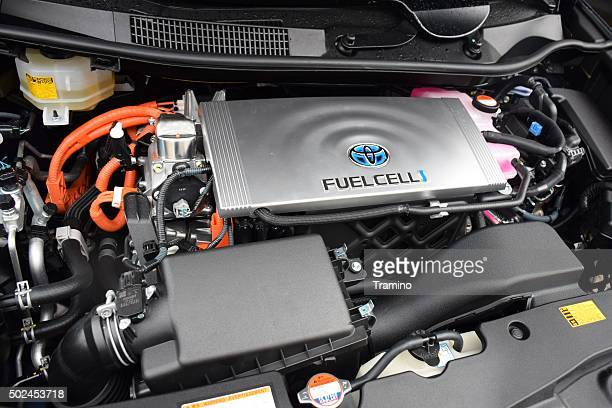 Engine in fuel cell vehicle