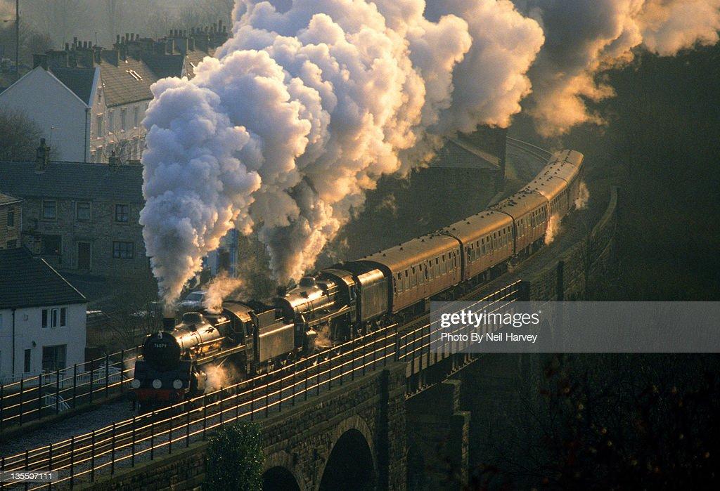 Engine on bridge : Foto de stock