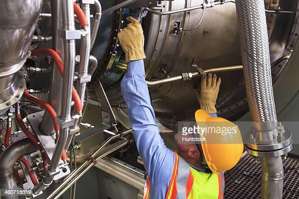 Ingenieur bei injector und ignitor Phase gas turbine