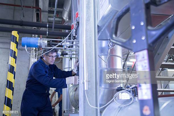 engineer in power station - sigrid gombert stock pictures, royalty-free photos & images