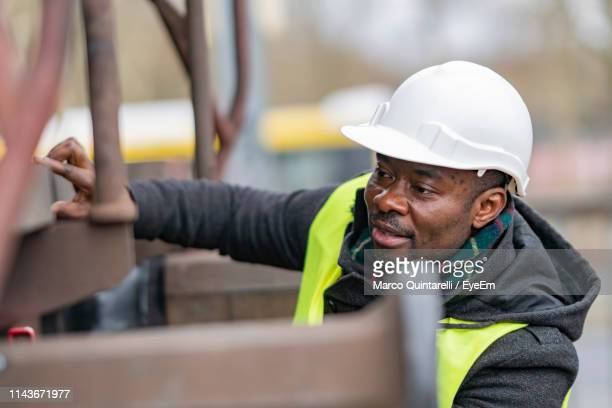 engineer repairing train - maintenance engineer stock pictures, royalty-free photos & images