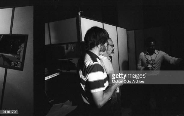 Engineer Tom Dowd, producer Ahmet Ertegun and soul singer Wilson Pickett record at Muscle Shoals Recording Studios on November 24, 1969 in Sheffield,...