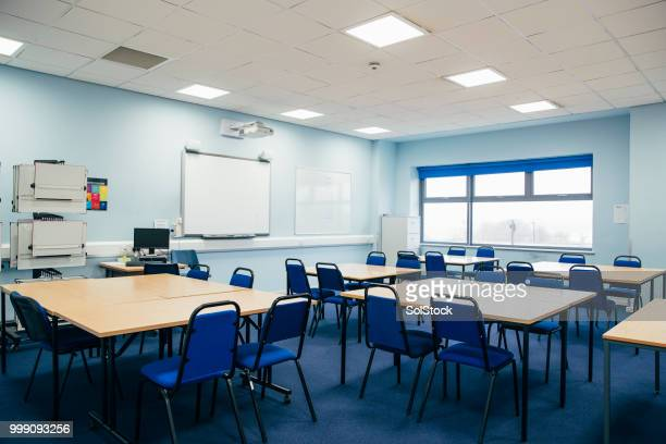 engineering classroom - no people stock pictures, royalty-free photos & images