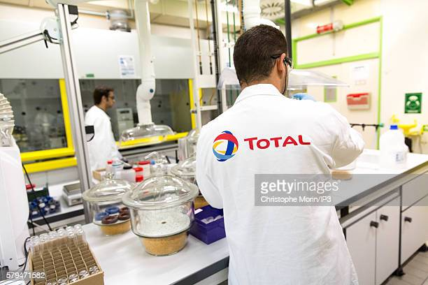 Engineers analyse the chemical components of a sample oil rock or mud at the Chromatography s Lab in the main Centre Scientifique et Technique Jean...
