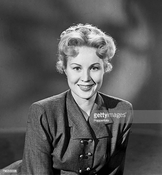 England A portrait of actress Virginia Mayo