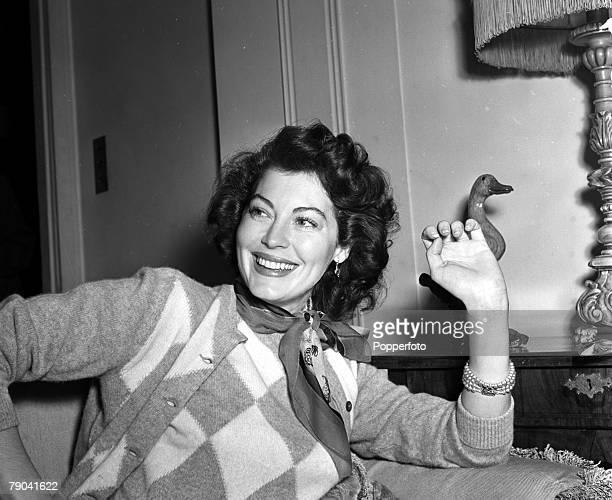 England A portrait of American actress Ava Gardner