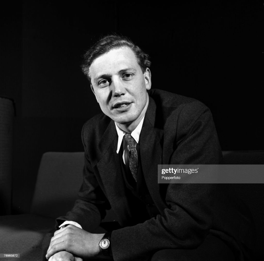England. 1956. A portrait of British naturalist and broadcaster David Attenborough. : News Photo