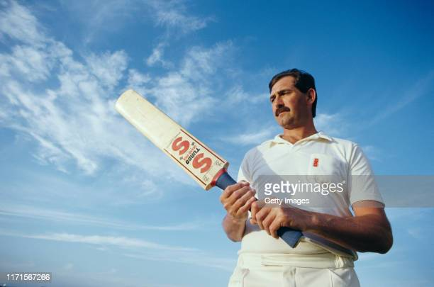 England and Essex batsman Graham Gooch pictured with his SS Stuart Surridge bat in 1987 in Sharjah UAE