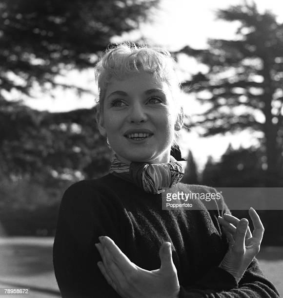England Australian actress Diane Cilento