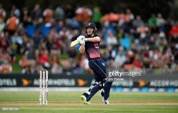England batsman Eoin Morgan hooks a ball to the boundary during the 2nd ODI between New Zealand and England at Bay Oval on February 28 2018 in...