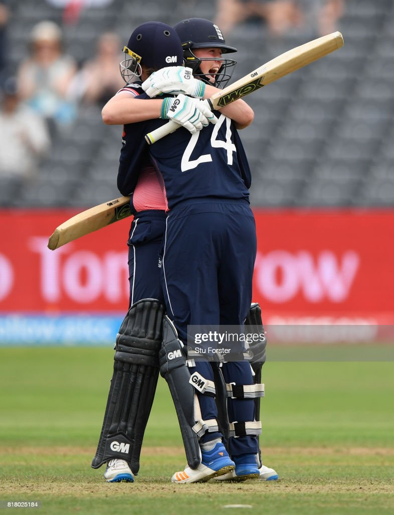 England batsmen Anya Shrubsole (l) and Jenny Gunn celebrate the wining runs during the ICC Women's World Cup 2017 Semi-Final between England and South Africa at The County Ground on July 18, 2017 in Bristol, England.