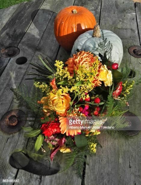 England, bouquet and pumpkins
