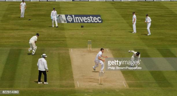 England bowler James Anderson turns to run out New Zealand batsman Neil Wagner and complete the win for England by 170 runs in the 1st Test match...