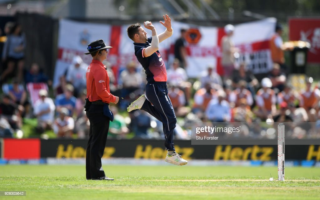New Zealand v England - 4th ODI : News Photo