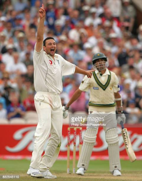 England bowler Steve Harmison appeals successfully for the wicket of Pakistan batsman Umar Gul during the 2nd Test match between England and Pakistan...